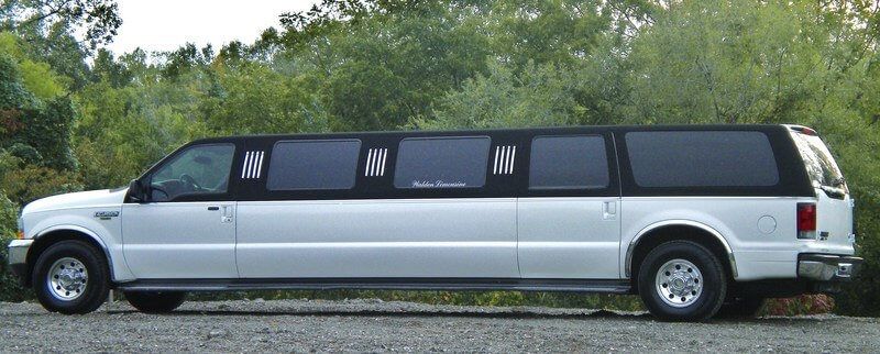 Driver's side of White Limo