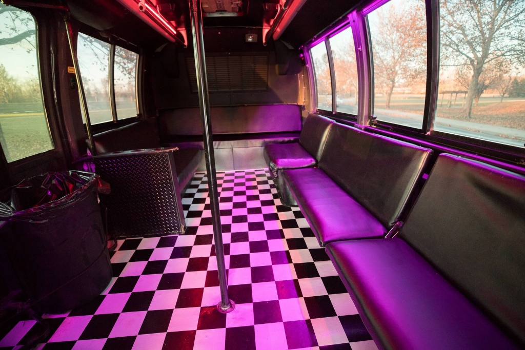 Orange Party Bus (Interior, Rear, Dance Pole, Dance Floor)